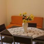 Appartamento Azzurro: Cucina soggiorno con divano letto matrimoniale