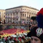 Una-Siracusa-in-festa-accoglie-le-reliquie-della-patrona-Santa-Lucia-15f63d0331f9cdbef8a6e6db09629bdd